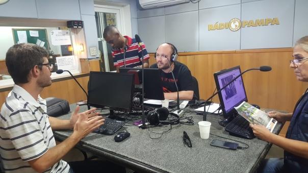 02 Rádio Pampa